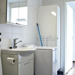 Отель Forenom Apartments Airport Финляндия, Вантаа - отзывы, цены и фото номеров - забронировать отель Forenom Apartments Airport онлайн ванная