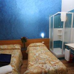 Hotel Brasil Milan Стандартный номер с различными типами кроватей (общая ванная комната) фото 2