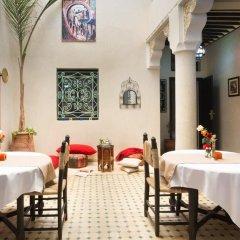 Отель Riad Dar Benbrahim 2* Стандартный номер с различными типами кроватей фото 3