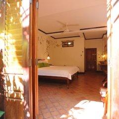 Отель Lotus Villa 3* Стандартный номер с двуспальной кроватью фото 5