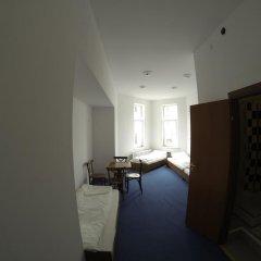 Отель Budget Central Литва, Вильнюс - отзывы, цены и фото номеров - забронировать отель Budget Central онлайн комната для гостей фото 5