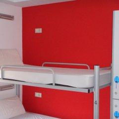 Center Valencia Youth Hostel Кровать в общем номере с двухъярусной кроватью фото 3