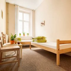 Cynamon Hostel Стандартный номер с двуспальной кроватью (общая ванная комната) фото 4