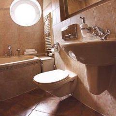 Отель Hevelius Residence Стандартный номер с различными типами кроватей фото 10