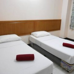 Отель Four Sons Village 2* Стандартный номер с 2 отдельными кроватями фото 5
