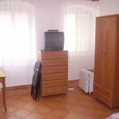 Отель Zlaty Jelen Апартаменты с различными типами кроватей фото 9