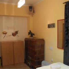 Hostel and Apartments Skadarlija Sunrise Стандартный номер с 2 отдельными кроватями (общая ванная комната) фото 3