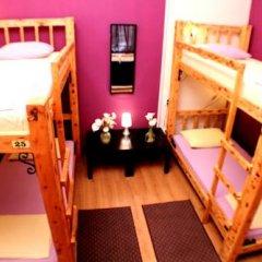 Hostel and Apartments Skadarlija Sunrise Кровать в общем номере с двухъярусной кроватью фото 17