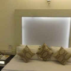 Raja Hotel 2* Улучшенный номер с различными типами кроватей