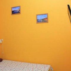 Хостел Artist на Бауманской Номер Эконом 2 отдельные кровати фото 3