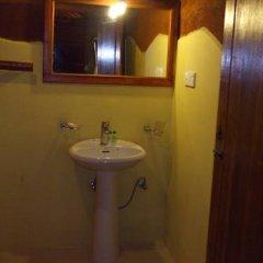Отель Kirinda Beach Resort 2* Шале с различными типами кроватей фото 7