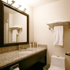 Отель Foxwood Inn & Suites Drayton Valley 2* Стандартный номер с различными типами кроватей фото 10