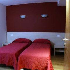 Отель Hostal Santel San Marcos Стандартный номер с различными типами кроватей