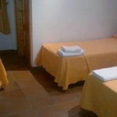Hotel Restaurante Calderon 2* Стандартный номер с различными типами кроватей