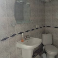 Отель Tsisana Guest House Стандартный номер с двуспальной кроватью фото 21