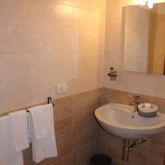 Отель La Maison Del Corso 2* Стандартный номер с различными типами кроватей фото 16