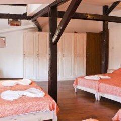 Отель Ulpia House Стандартный семейный номер с двуспальной кроватью фото 11