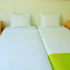 Hostel 4U Lisboa Стандартный номер с 2 отдельными кроватями фото 7