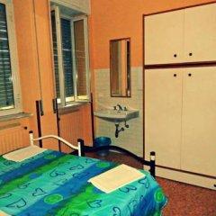 Hostel Prima Base Стандартный номер с различными типами кроватей фото 9