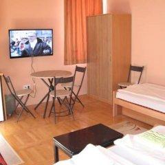 Hostel Oasis Студия с различными типами кроватей фото 10