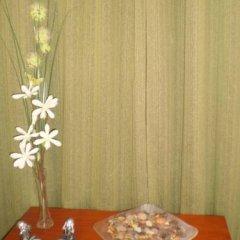 Отель Hostal El Canario Стандартный номер с двуспальной кроватью фото 14
