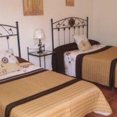 Отель Hostal El Canario Стандартный номер с различными типами кроватей фото 2