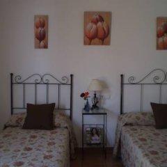 Отель Hostal El Canario Стандартный номер с двуспальной кроватью фото 12