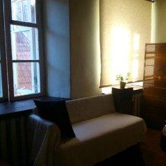 Отель Tabinoya - Tallinn's Travellers House Кровать в женском общем номере с двухъярусной кроватью фото 2