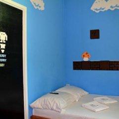 Отель The Flying Pig Uptown Стандартный номер с различными типами кроватей