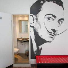 St Christopher's Inn Gare Du Nord - Hostel Стандартный номер с двуспальной кроватью фото 17