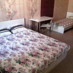 Гостиница Гермес 3* Стандартный семейный номер разные типы кроватей (общая ванная комната) фото 5