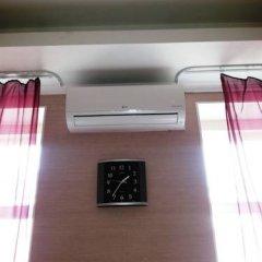 Гостиница Гермес 3* Стандартный семейный номер разные типы кроватей (общая ванная комната) фото 3