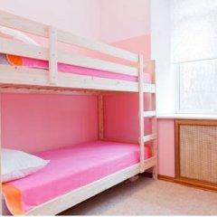 Top Hostel Кровать в женском общем номере фото 7