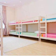 Top Hostel Кровать в мужском общем номере фото 4