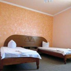 Отель White House 3* Стандартный семейный номер разные типы кроватей
