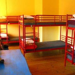 Отель Peniche Shoreline Guides Кровать в общем номере с двухъярусной кроватью фото 3