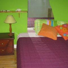 Отель Peniche Shoreline Guides Стандартный номер с двуспальной кроватью (общая ванная комната)