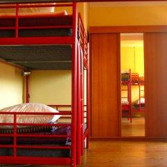 Отель Peniche Shoreline Guides Кровать в общем номере с двухъярусной кроватью фото 2