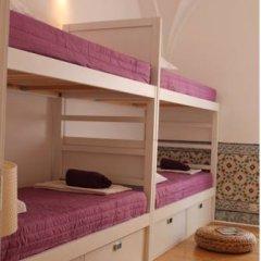 Lost Inn Lisbon Hostel Кровать в общем номере фото 18