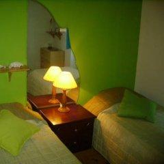 Отель Peniche Shoreline Guides Стандартный номер с двуспальной кроватью (общая ванная комната) фото 3