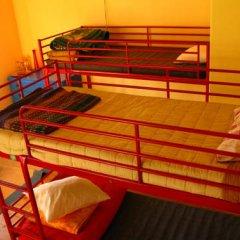 Отель Peniche Shoreline Guides Кровать в общем номере с двухъярусной кроватью фото 5