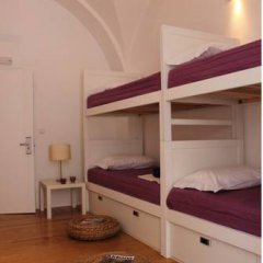 Lost Inn Lisbon Hostel Кровать в общем номере