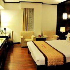 Muong Thanh Three Star Hotel 3* Улучшенный номер фото 3