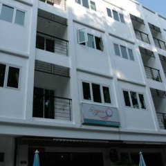 Отель Rojjana Residence 2* Стандартный номер двуспальная кровать фото 16