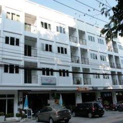 Отель Rojjana Residence 2* Стандартный номер двуспальная кровать фото 17