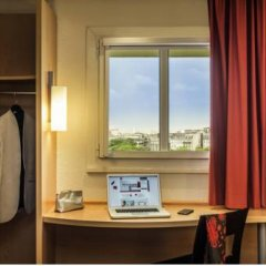 Отель ibis Paris Montmartre 18ème 3* Стандартный номер с различными типами кроватей фото 14
