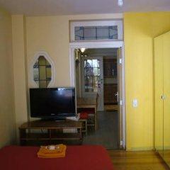 Отель Appart-hôtel Maison de la Lune - petite Auberge d'Etterbeek Апартаменты с различными типами кроватей