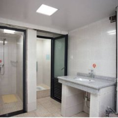 Freeguys Hostel Номер с общей ванной комнатой с различными типами кроватей (общая ванная комната) фото 2