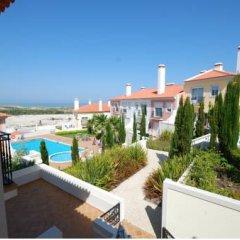 Отель Luxury Townhouse in Praia D'El Rey Вилла разные типы кроватей