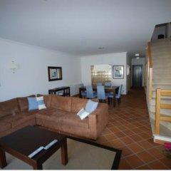 Отель Luxury Townhouse in Praia D'El Rey Вилла разные типы кроватей фото 3